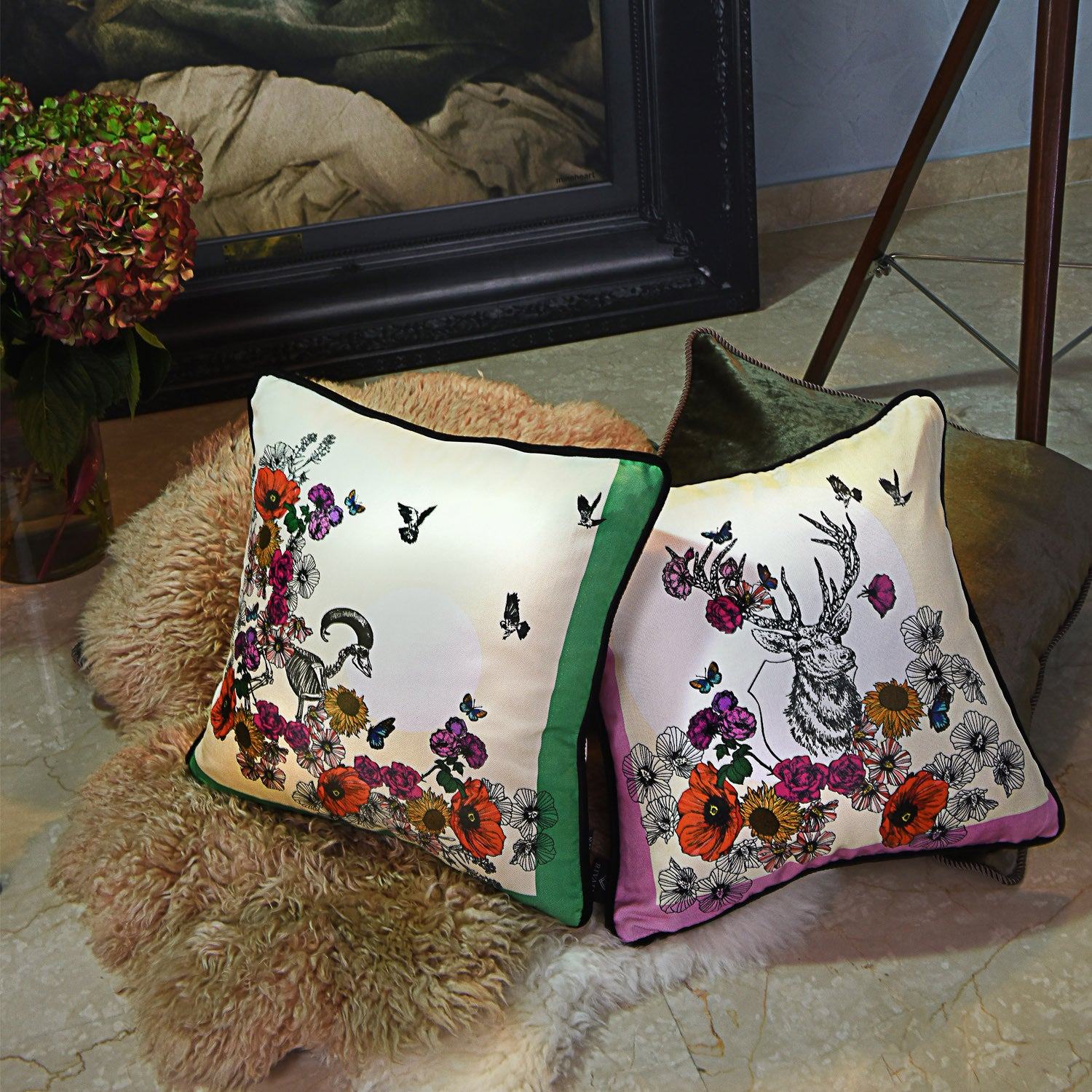 Silk twill and velvet floral print cushion - Bivain - 2