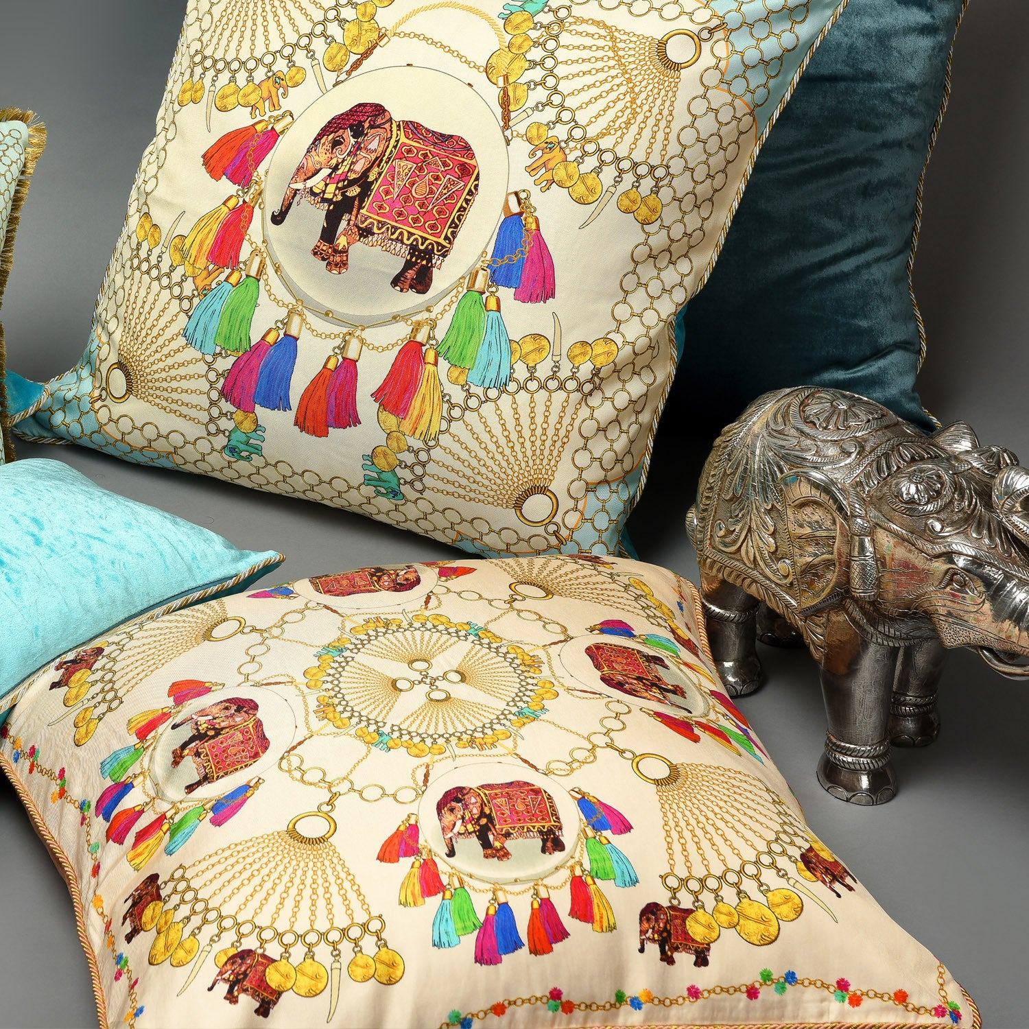 Silk twill and velvet Indian elephant and chain print cushion - Bivain - 2
