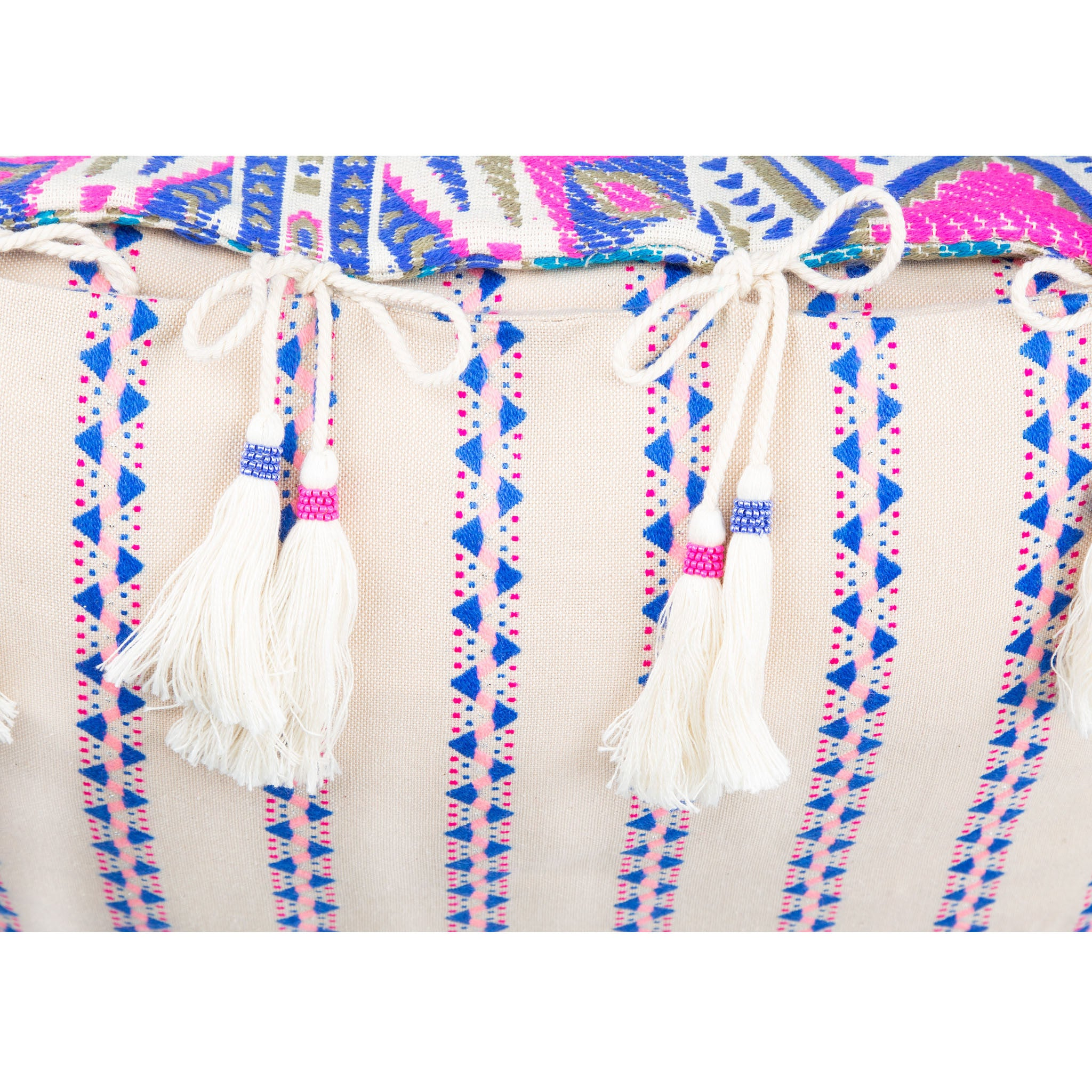 Bedouin-style pink, blue & white cotton tasselled cushion - Bivain - 4