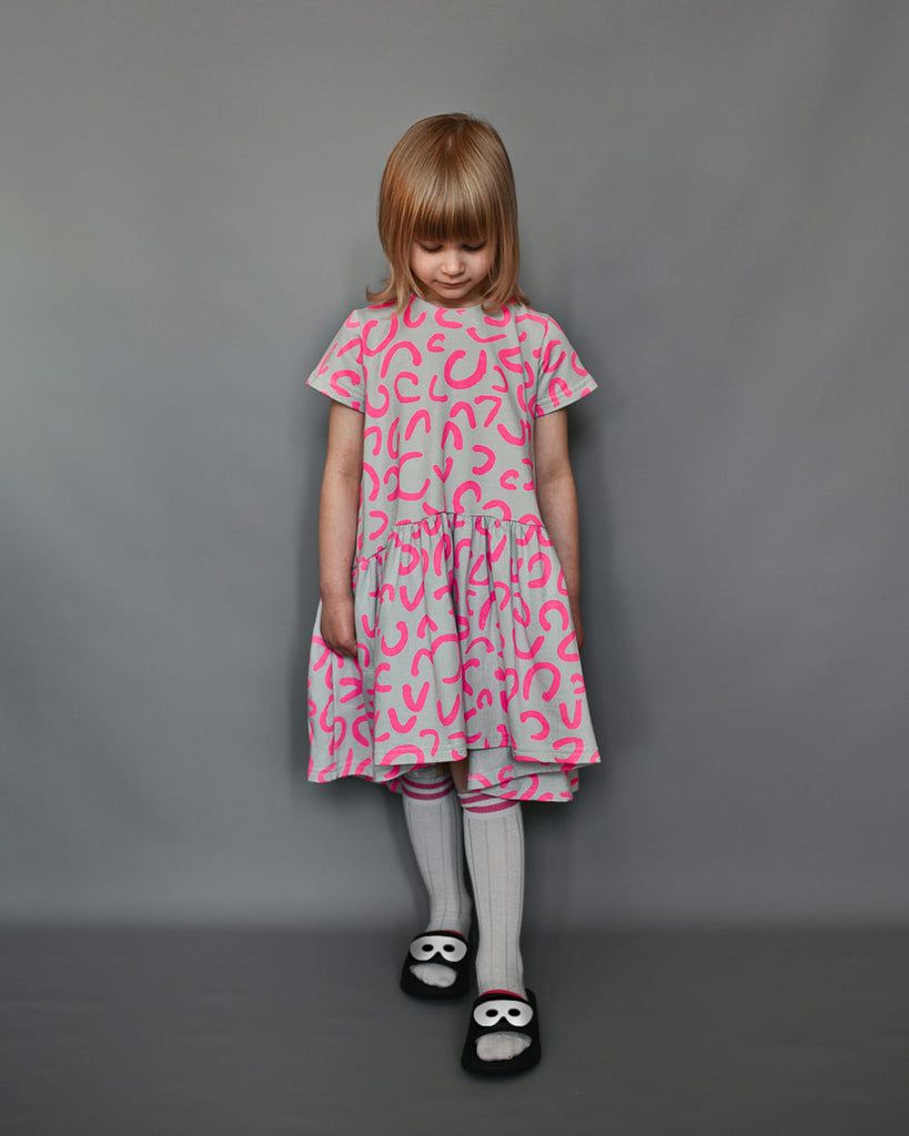 Beau Loves - Oversized Dress Dove Grey Neon Pink