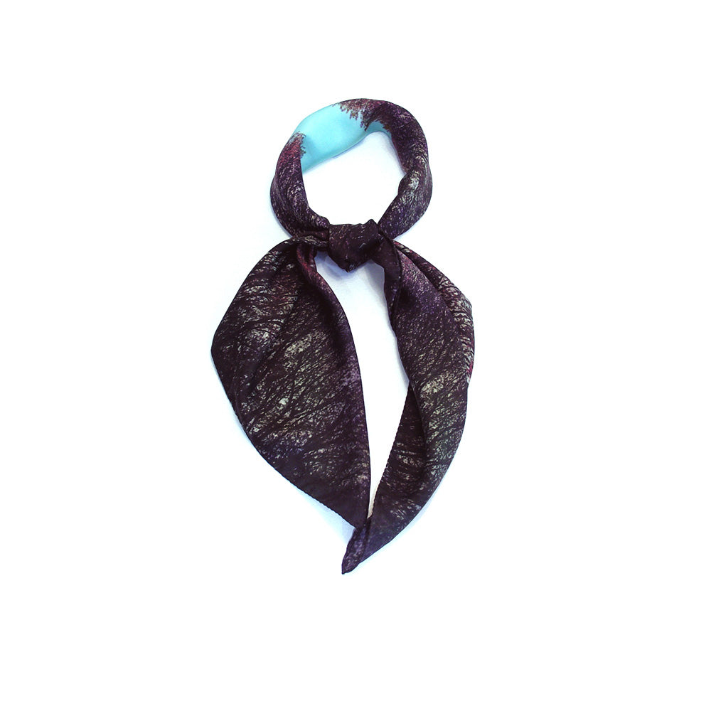 Shop bandanas & black square head scarf for women as luxury accessories online, in Paris & Tokyo!