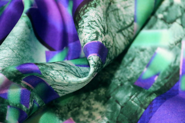 buy stylish fashion purple green silk scarf online paris taipei tokyo 日乃ユカ vetements harrods isetan スカーフ スカーフコーデ dover street