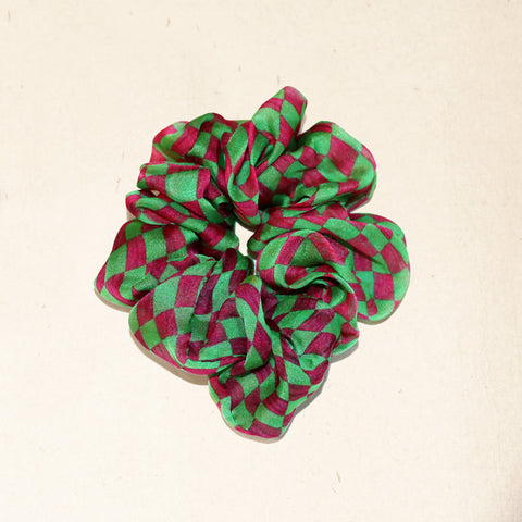 buy green fashion silk scrunchie online paris taipei tokyo harvey nichols isetan selfridges barneys new york