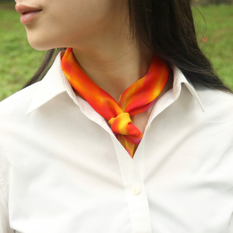 shop stylish printed orange fashion silk scarfs online paris taipei tokyo isetan barneys new york 禮物推薦 橘黃雪紡絲巾