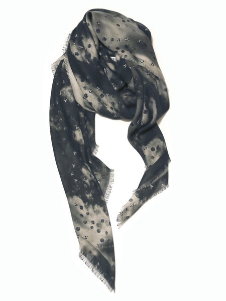 Luxury accessories as Perfect gift, big scarves for women! Buy Fashion Scarf as shawls, wraps, sarong or beachwear.