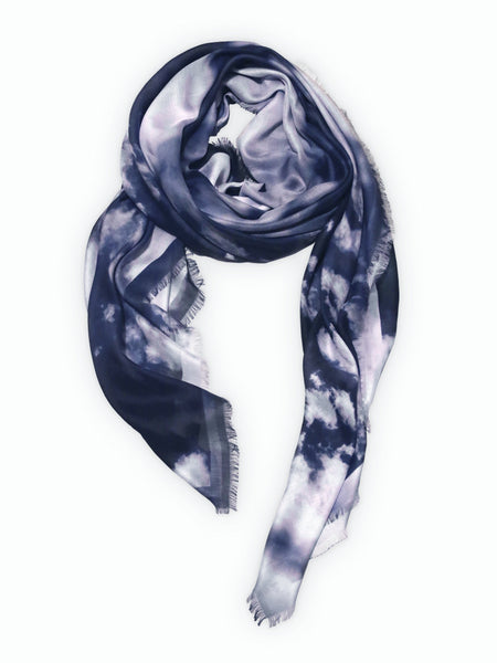 パリ、台北、大阪、東京高島屋の高級ファッションスカーフ! Shop Big Luxury Fashioin Scarves for women available in Takashimaya Osaka & Takashimaya Tokyo.