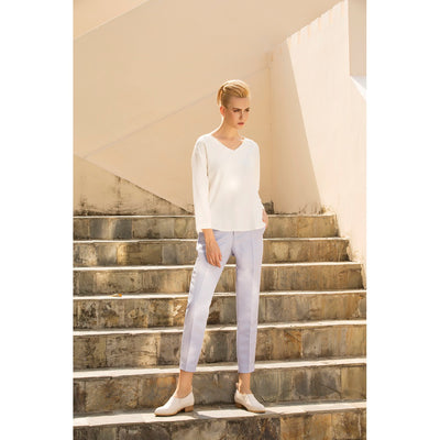 The leisure moment tapered pants in Pastel Blue - Alluforu