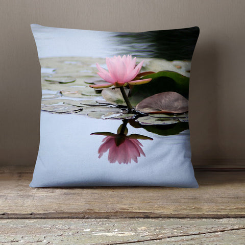 Waterlily Decorative Throw Pillow Cover