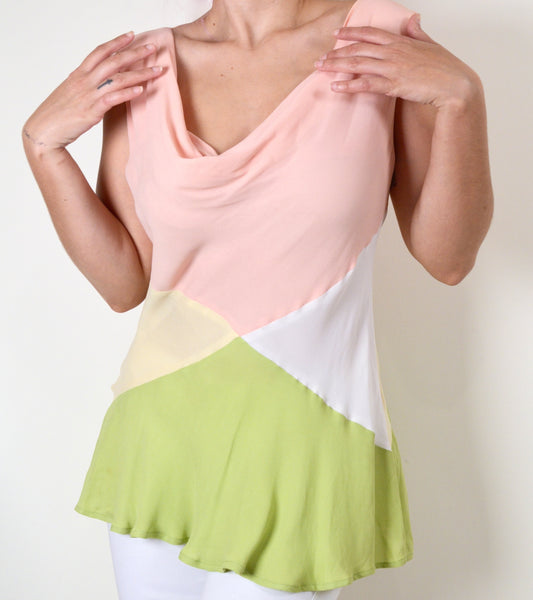 Cheap & Chic by Moschino Pastel Vintage Top