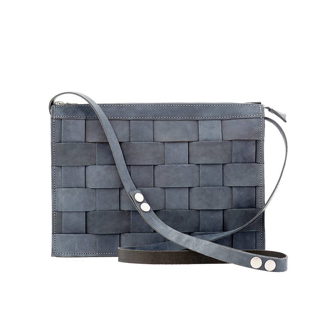 Näver Small Shoulder Bag in Leather, Oily Navy Nubuck - Blabar