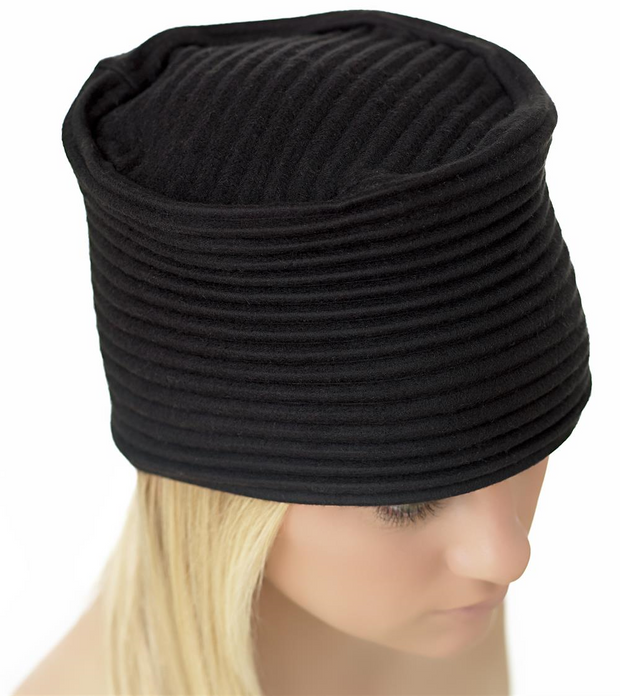 Pleece Hat in Black
