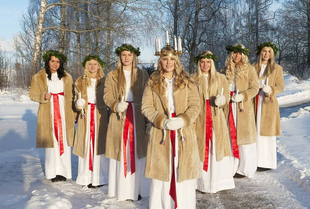 13th December 2017 19.30 LUCIA PERFORMANCE, Glögg & Shopping Night - Blabar