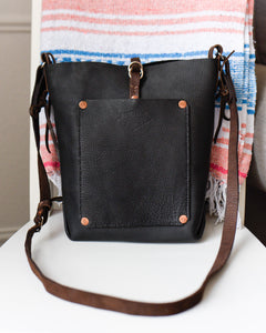 Itle Upright Saddle Tote with Pocket