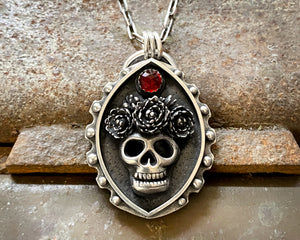 Skull with flowers necklace
