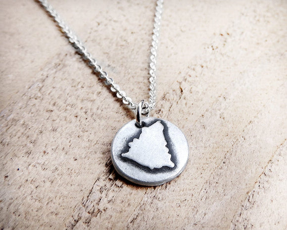 Tiny Nicaragua Necklace in Silver