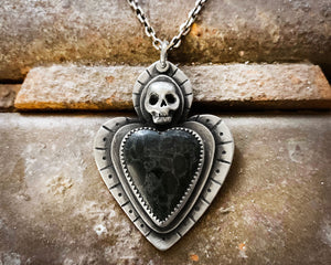 Skull and Black Heart Necklace in Sterling Silver