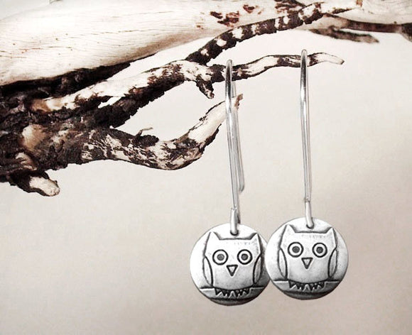 Tint Owl Earrings in Silver