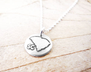 Tiny South Carolina necklace in silver