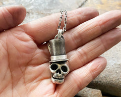 Top Hat Skully Necklace