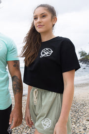 WOMEN'S CROP TEE - BLACK