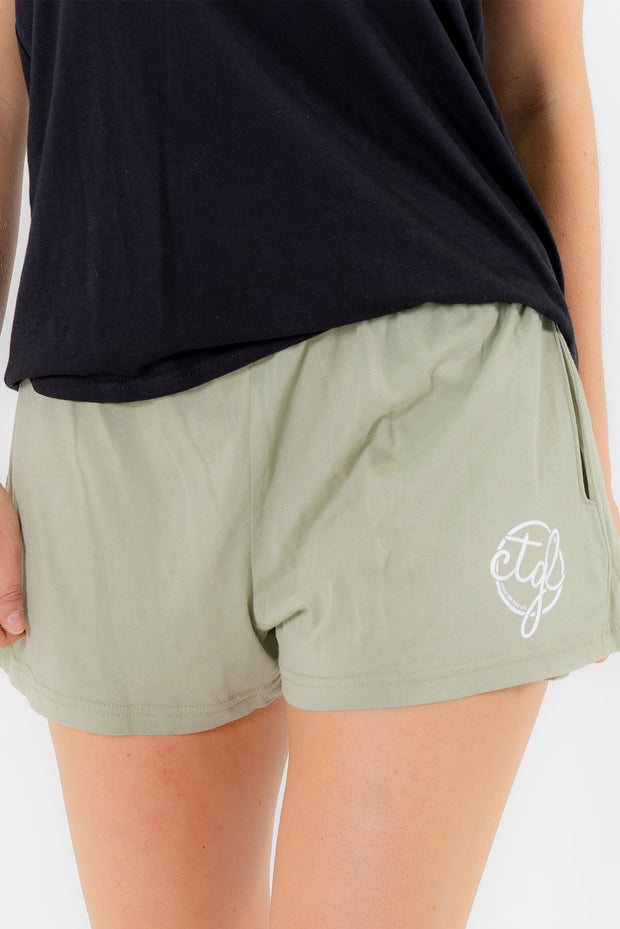 WOMEN'S SHORTS - AVOCADO