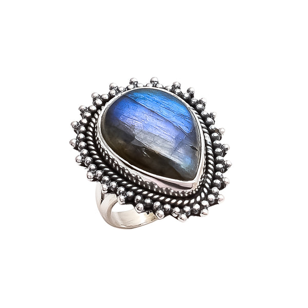 THE BEDOUIN COLLECTIVE - Pandora Ring -  Labradorite