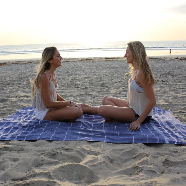 XL beach blanket sunset
