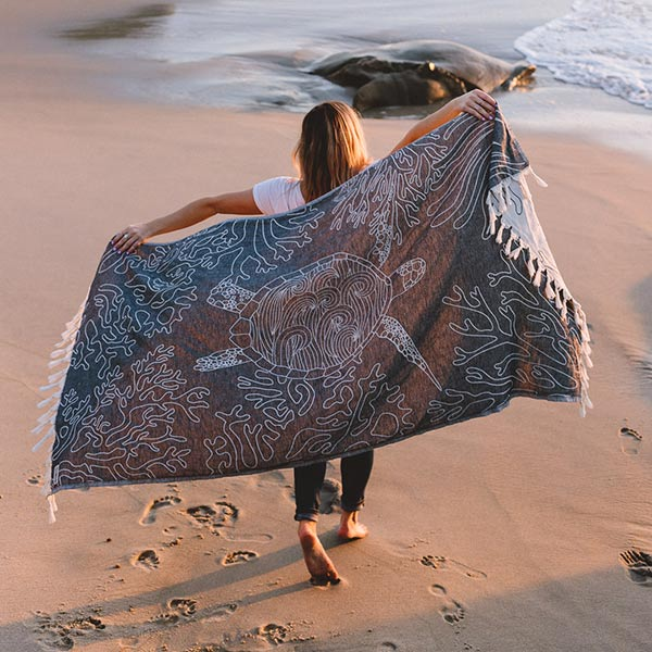 Black Sea Turtle Reef Towel