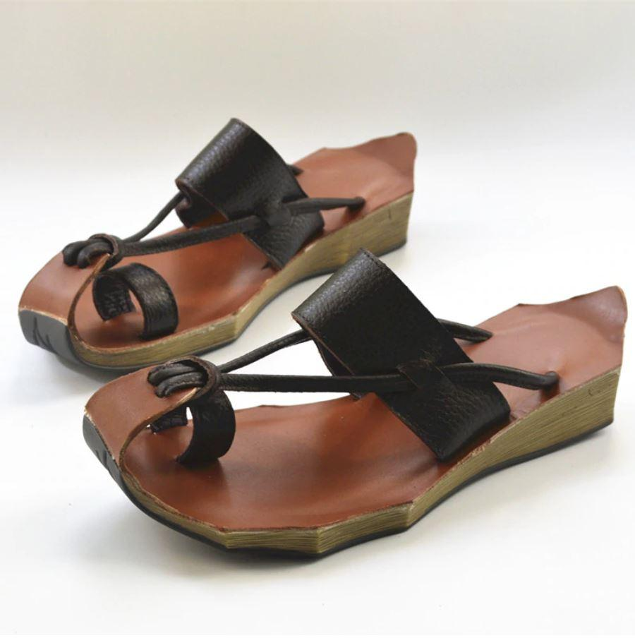 Curved Retro Leather Sandals