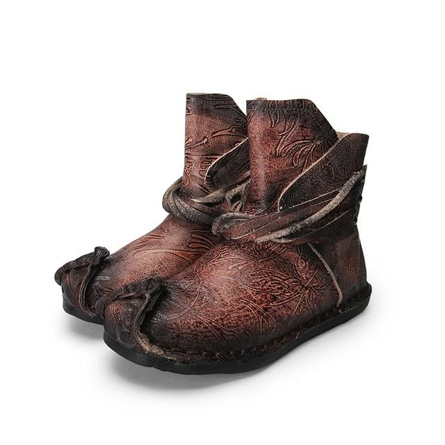 Buddha Trends Medieval Carved Ankle Boots