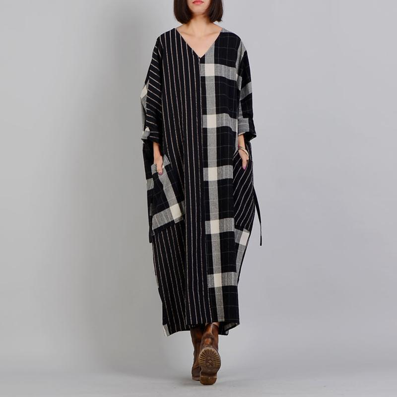 Buddha Trends Dress One Size / Black&White Black and White Plaid Linen Dress with Pockets | Nirvana