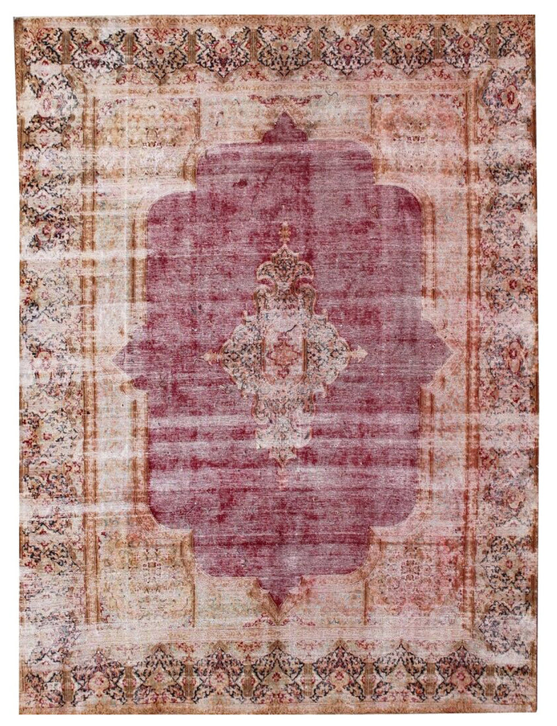 Bayat Rugs - Vintage Rugs - The Handmade Rug Company London