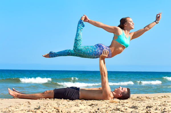 How to Get Your Man to Try Yoga