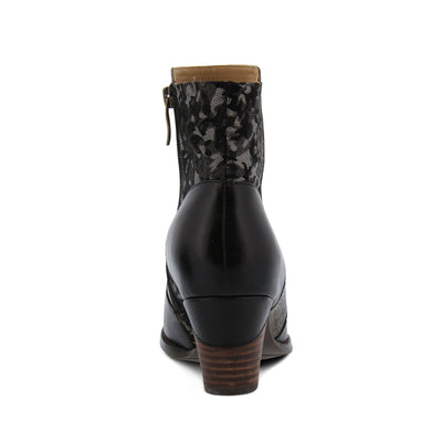 L'ARTISTE Belle Black Ankle Boot