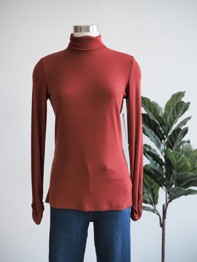 Tribal Ribbed Turtle Neck in Spice
