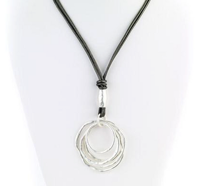 Multi Ring Pendant Leather Necklace