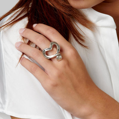 UNO de 50 Nailed Heart Ring