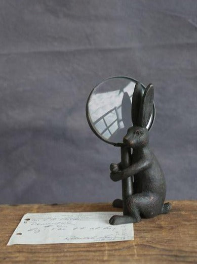 Rabbit Magnifier Stand