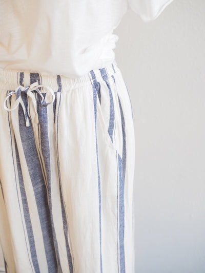 Paparazzi White/Indigo Stripe Crop Pants