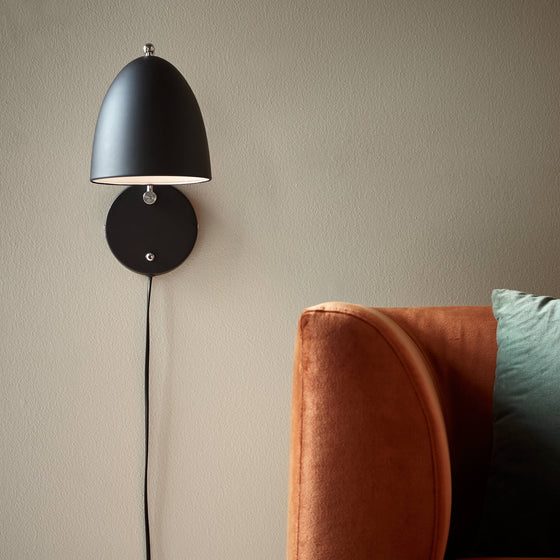 Alexander Wall Light
