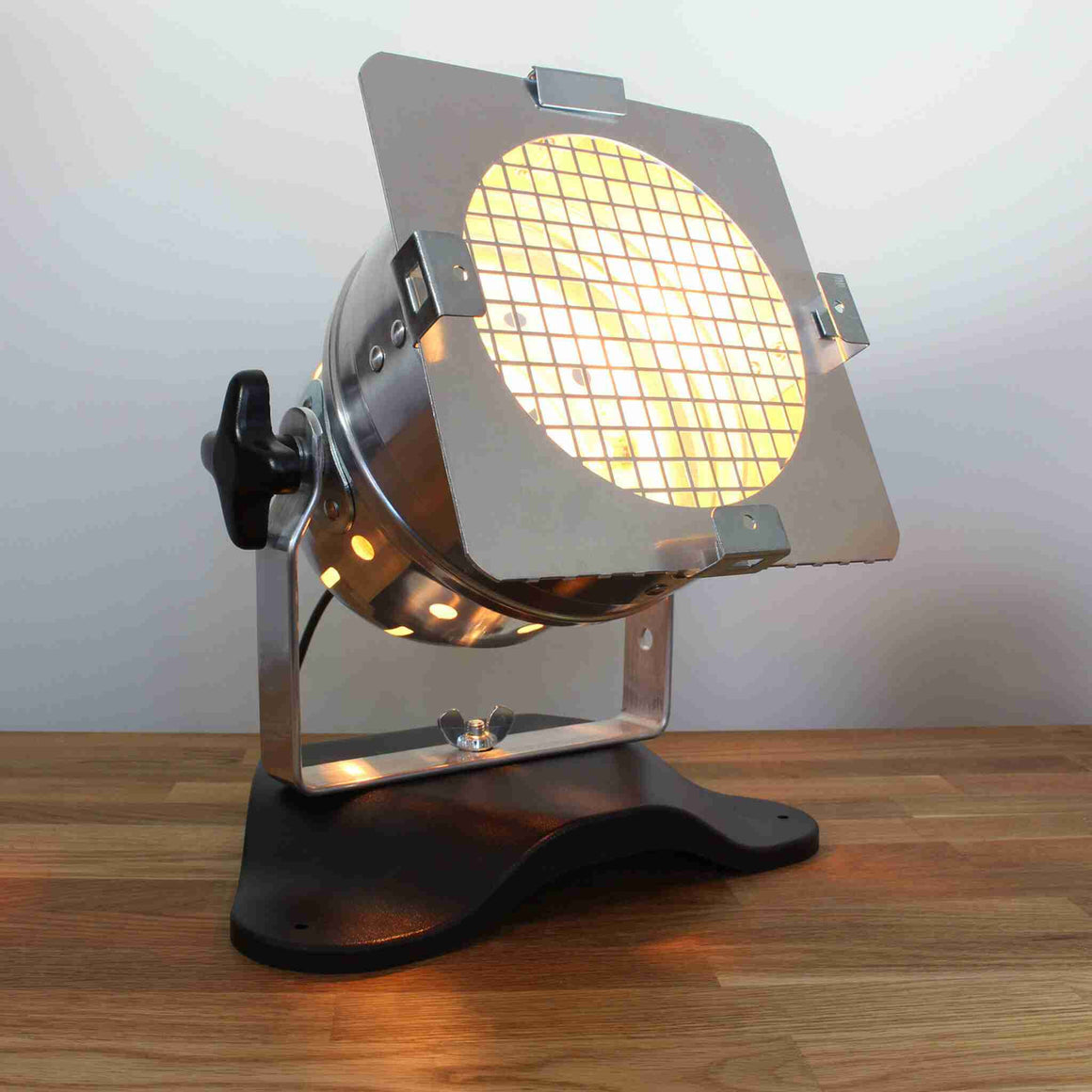Lampsy Theatre Spot Light Table Lamp - Chrome - Table Lamps - Lampsy
