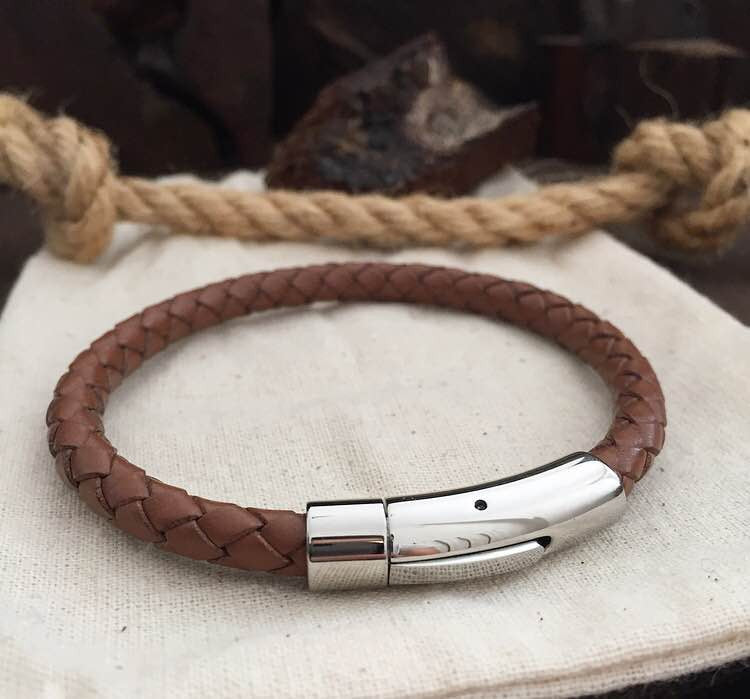 SAND BROWN (real steel lock & 6mm genuine leather) - BRACELETSCLUB