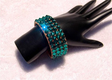 FNB Nude Stretch 4 Row Fully Stoned Bangle: Emerald (size 30' stones)