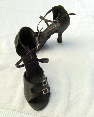 Stephanie Professional Dance Shoes E1015 Black Satin Inter-Changeable Strap