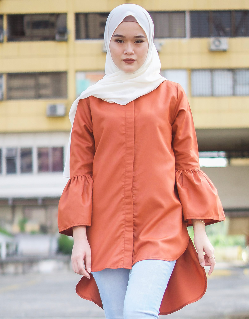 Bell Sleeve High Low Shirt in Terracotta