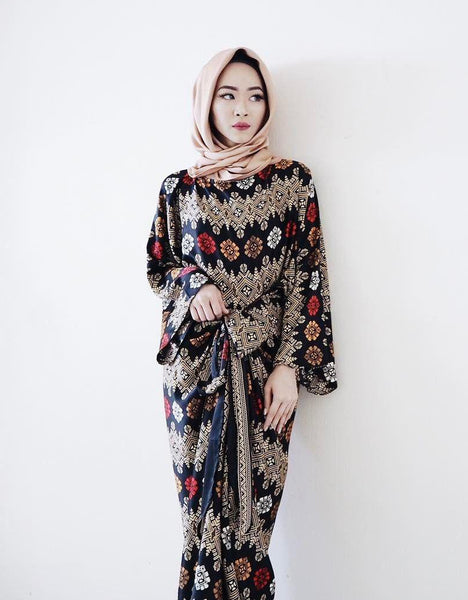 Batik Wrap Dress - Gold Baroque