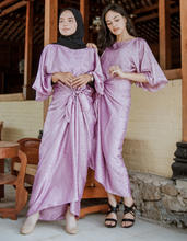 Load image into Gallery viewer, Sasha Jacquard Kaftan in Lavender Purple