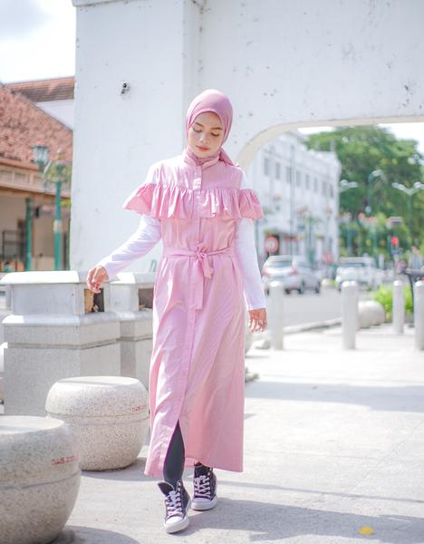 Off-Shoulder Maxi Dress in Pink