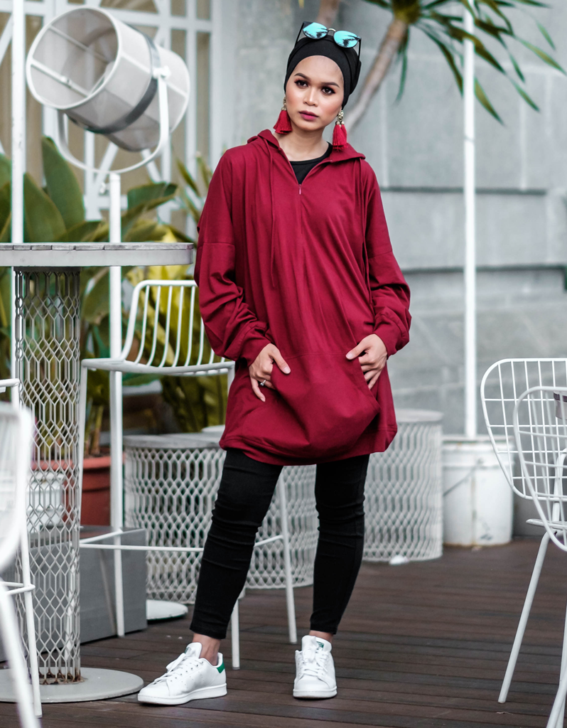 Oversized Hoodie in Burgundy - Petite, free and plus size