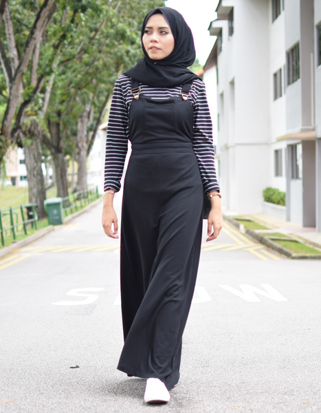 Pinafore Maxi Dress in Black